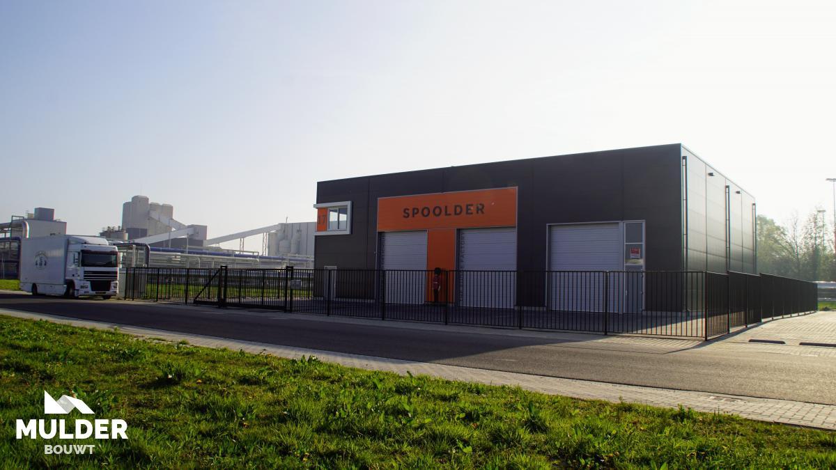 Bedrijfshal in Hengelo