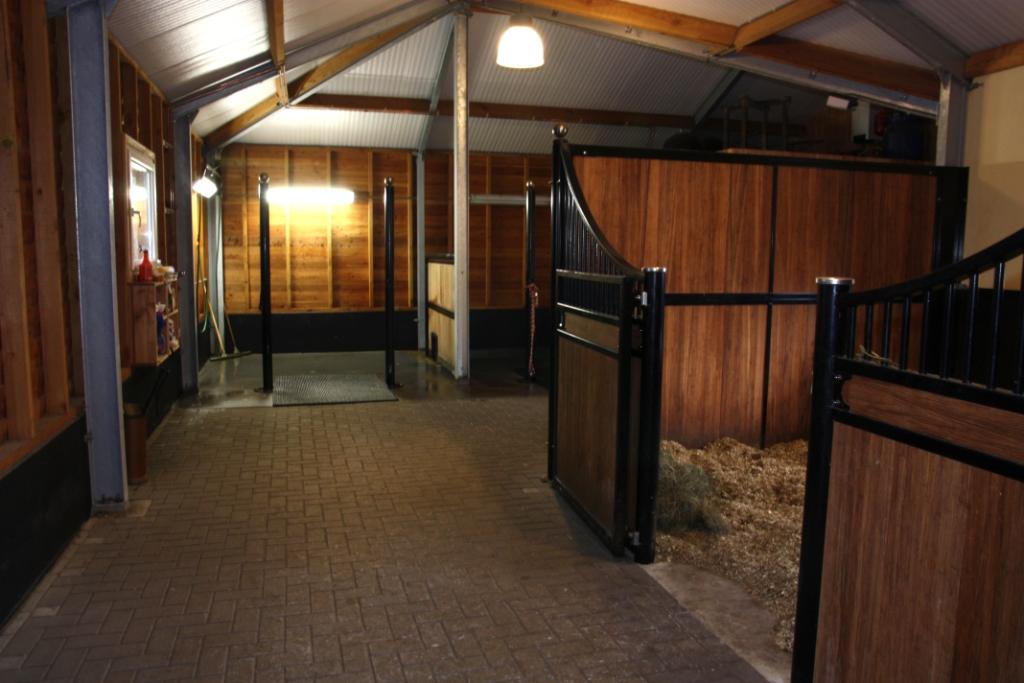 Paardenverblijf in Markelo
